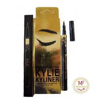 Карандаш Kylie Waterproof Eyeliner Pen